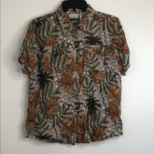 White Stag Floral Button Down Size Medium